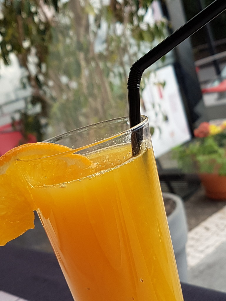 Orange juice  by flashphotography