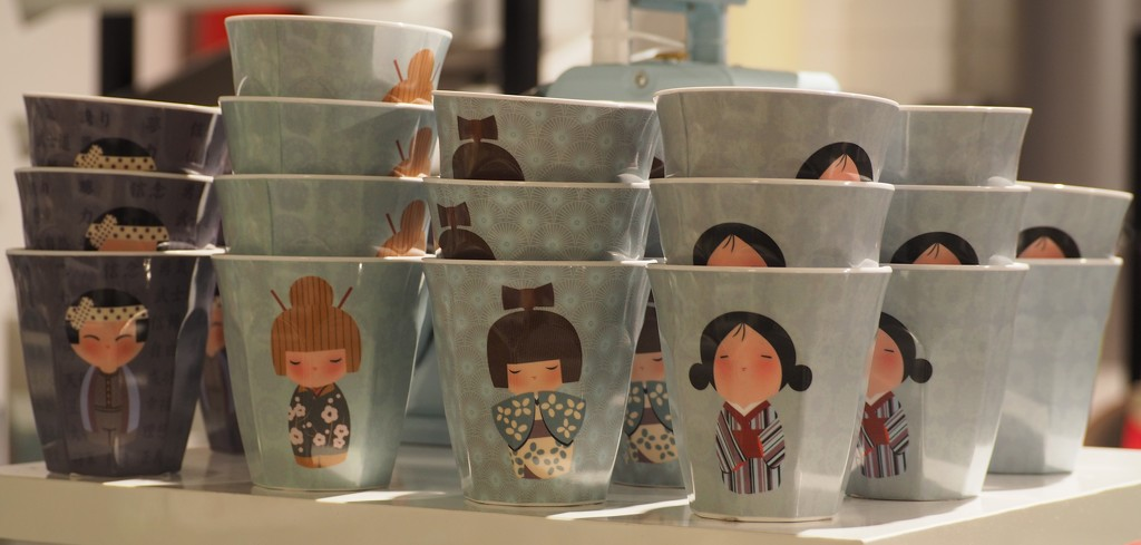 Japanese themed cups by jacqbb