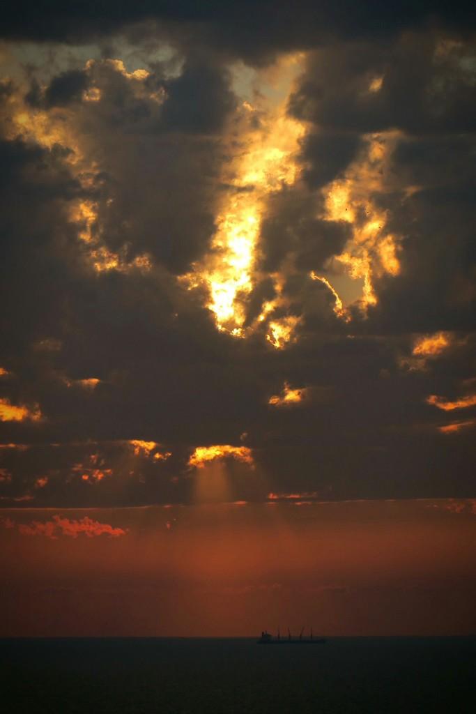 A Luminosity Divine by amrita21