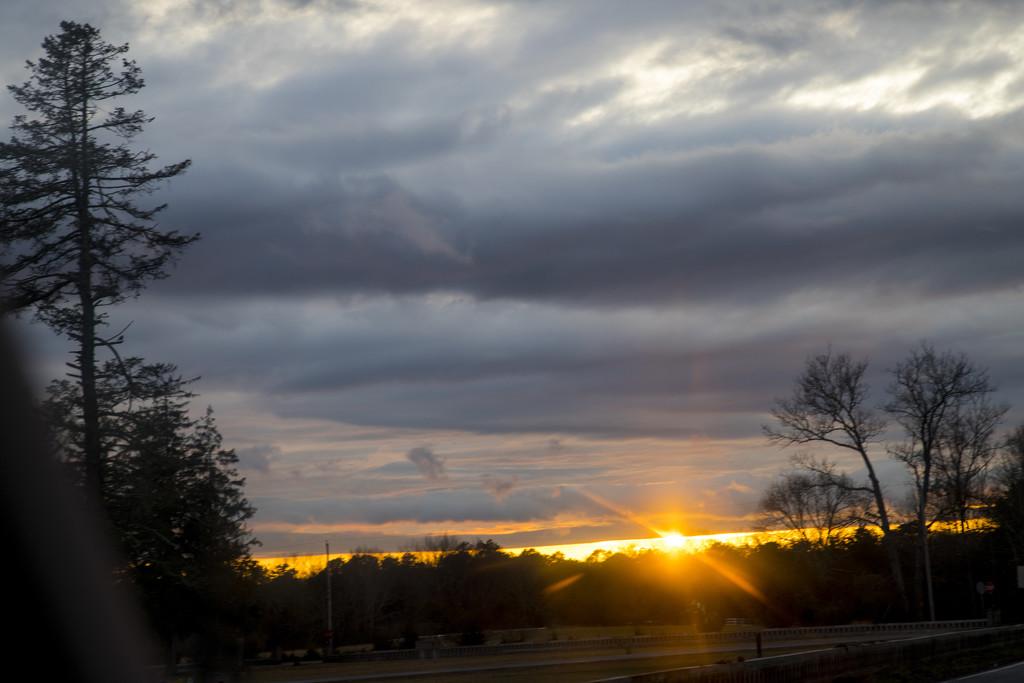 Sun Going Down by hjbenson