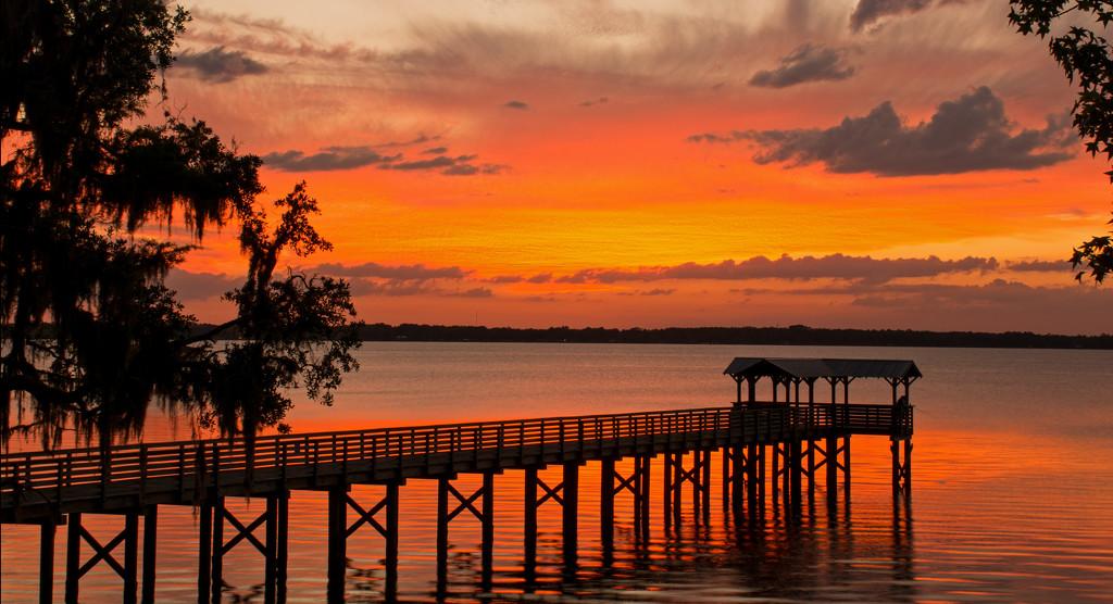 Had a Beautiful Sunset Tonight! by rickster549
