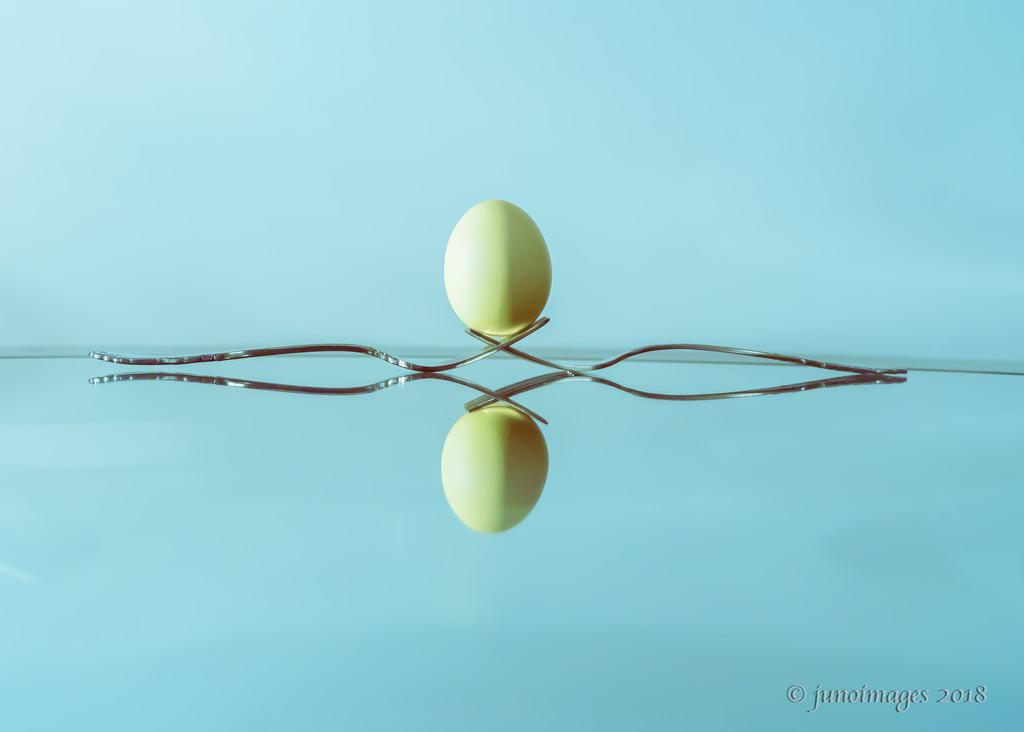 Balancing Egg by jnorthington