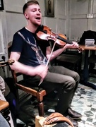 15th Apr 2018 - Fiddle singer