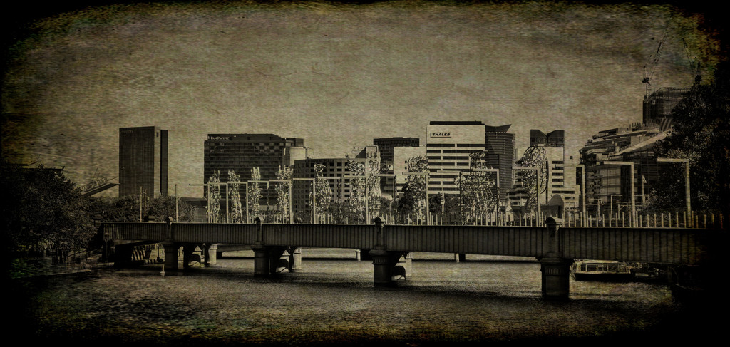 Sandridge bridge by golftragic