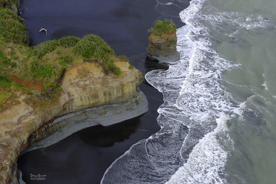 North Taranaki Coastline by dkbarnett