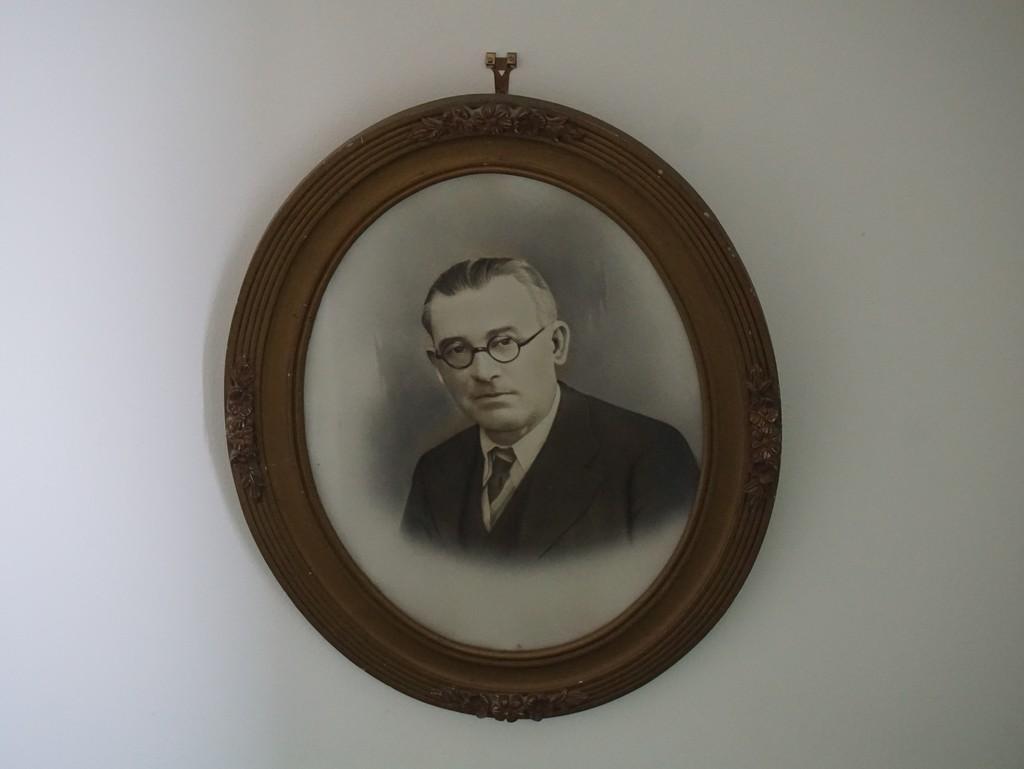 a portrait of Henri  by quietpurplehaze