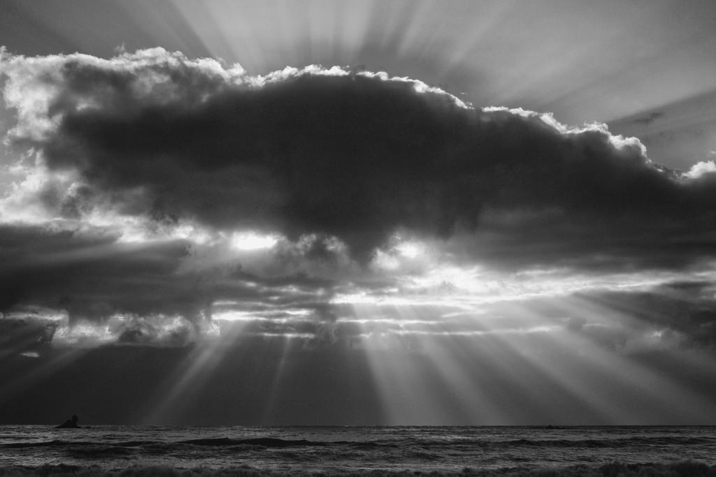 light rays  - POW! by kali66
