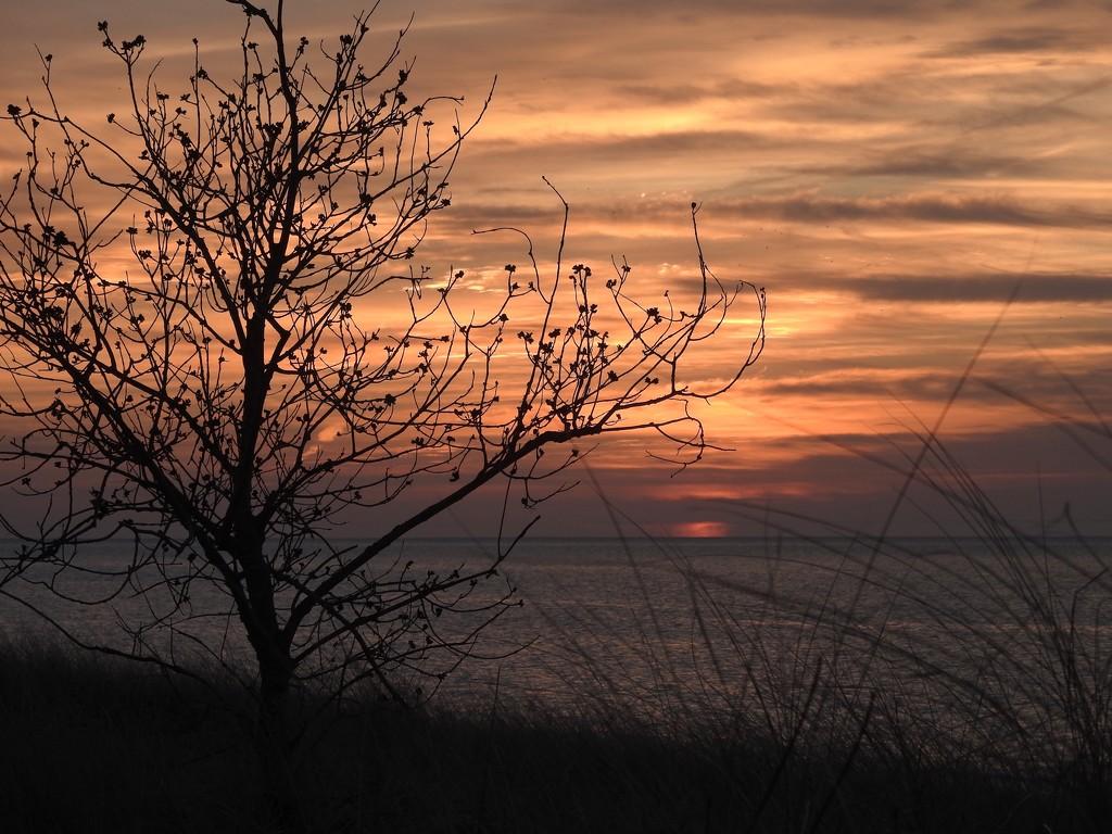 sunset-lake huron by amyk