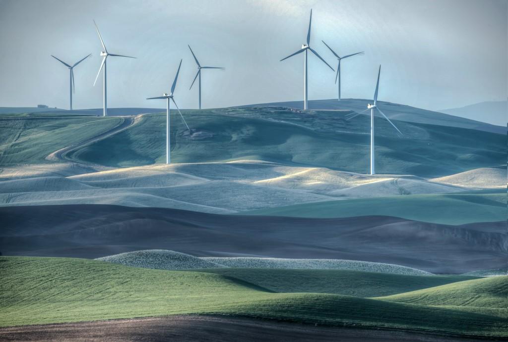 Turbines from Steptoe Butte by taffy