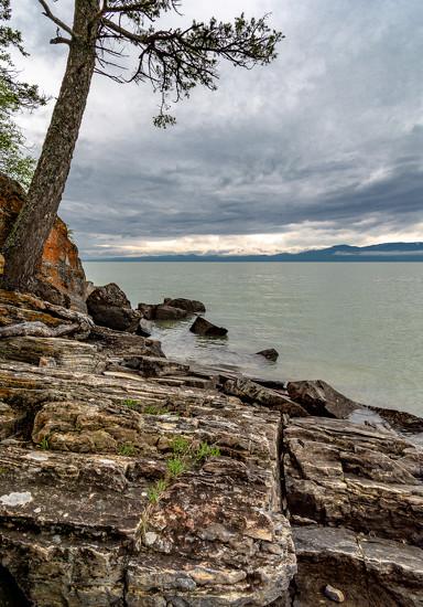 Flathead Lake shoreline by 365karly1