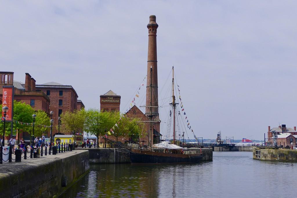 The Albert Dock by carole_sandford