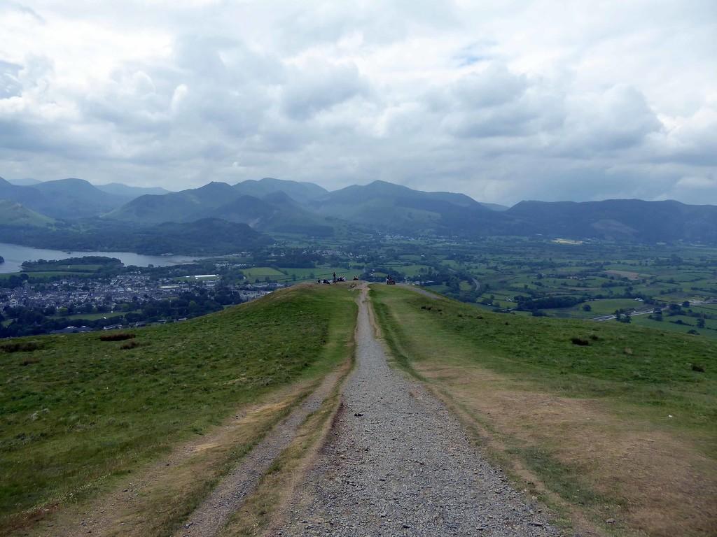 Walk along the Summit Ridge by cmp