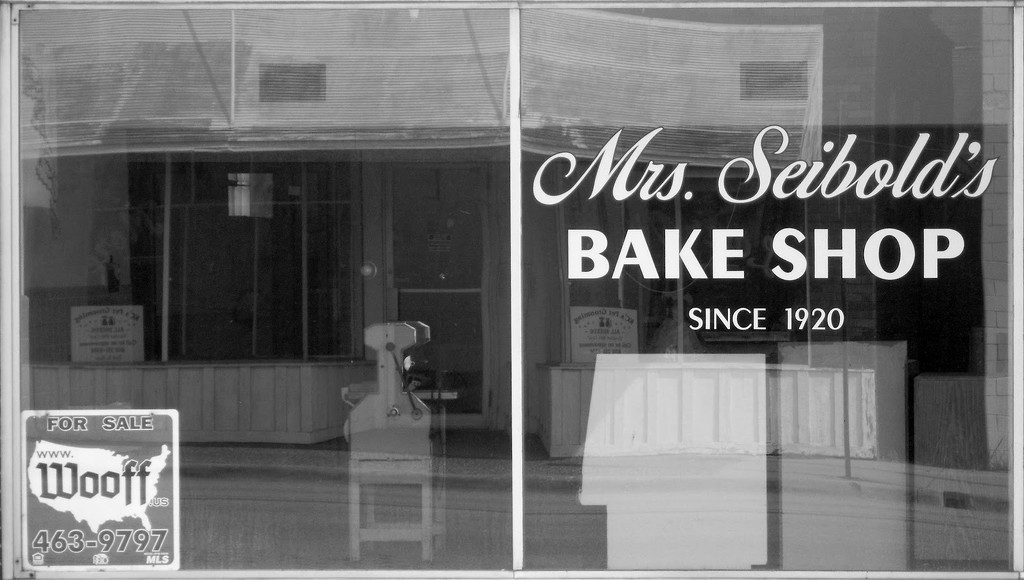Mrs. Seibold's Bake Shop by lsquared