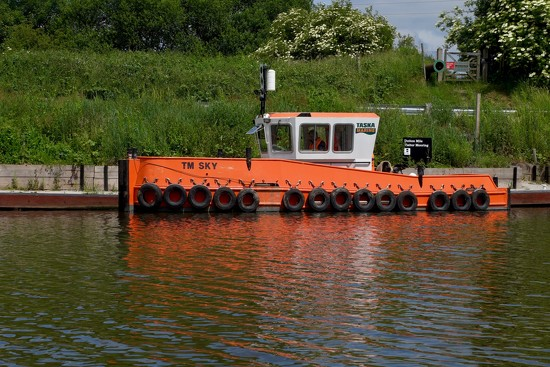 CANAL TUG by markp