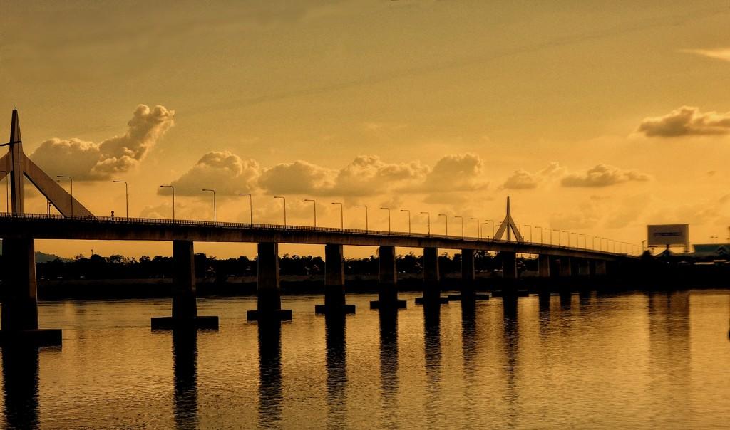 Thai-Lao Friendship Bridge 2 by leananiemand