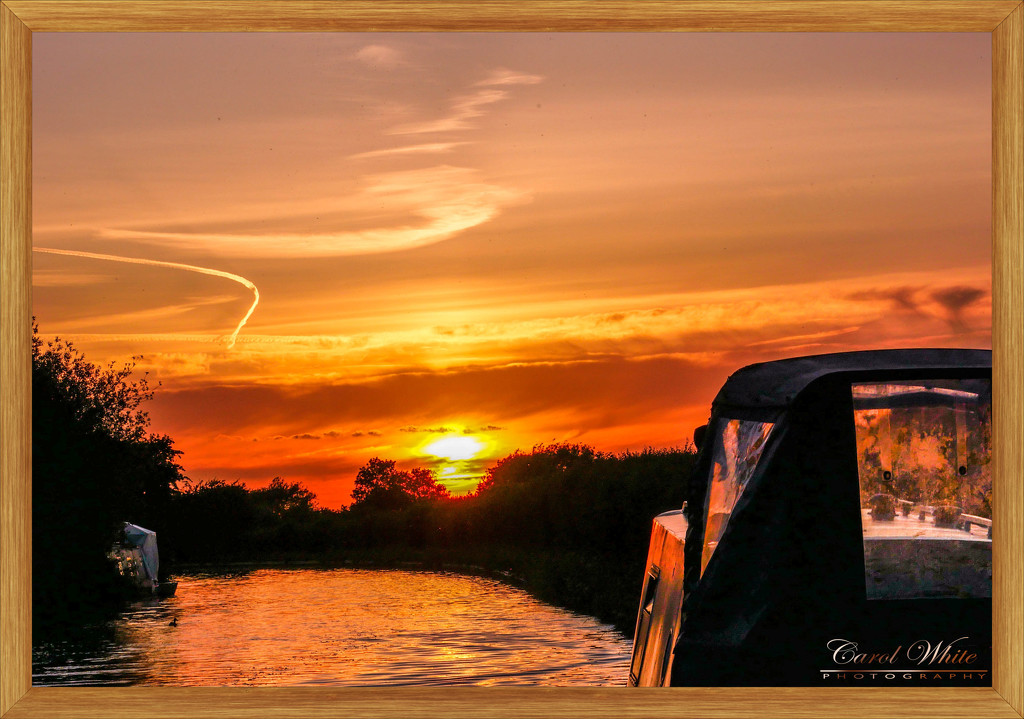 Sunset On The Canal by carolmw