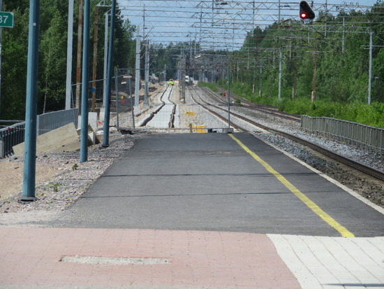 Railway in Järvenpää by annelis