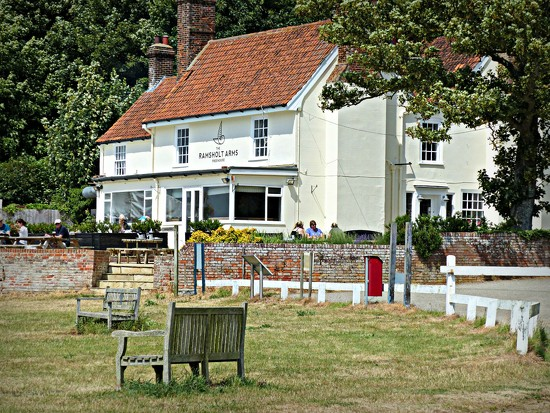 Ramsholt Arms by judithdeacon