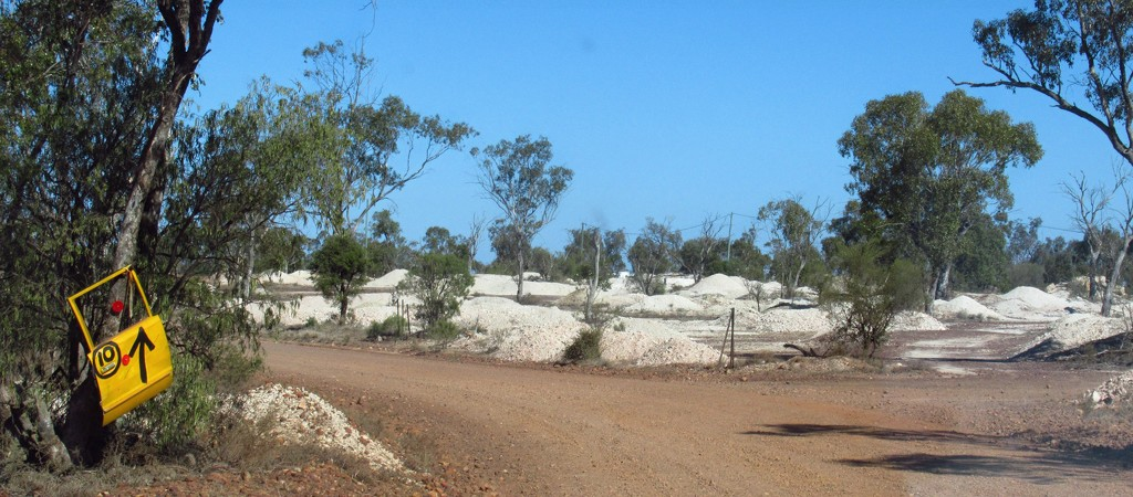 Welcome to Lightning Ridge. by robz