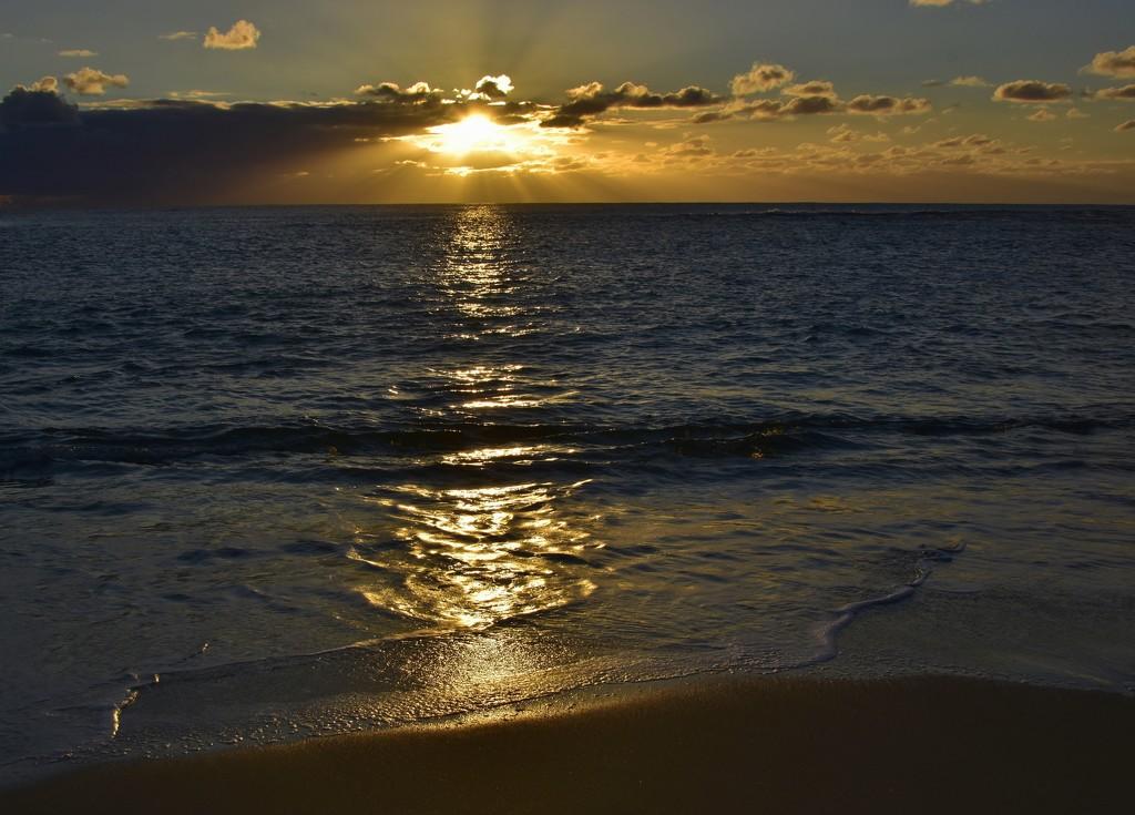 Tonight's Sunset_DSC1192 by merrelyn