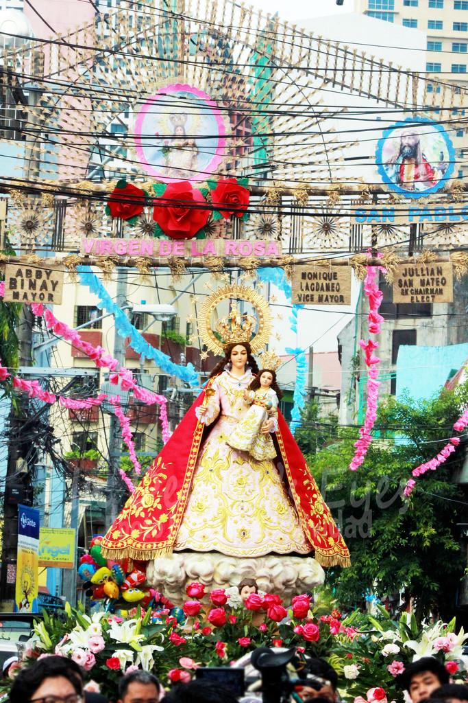 Pista ng Rosas  by iamdencio