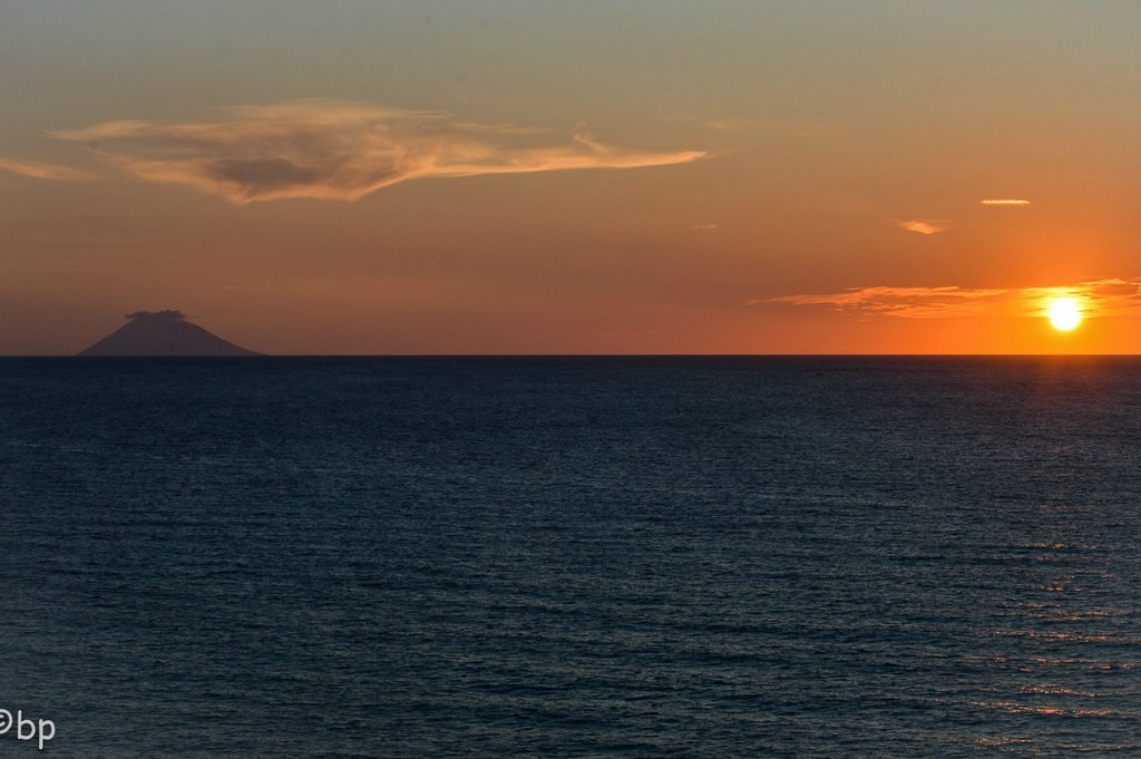 Sunset with volcano  by caterina
