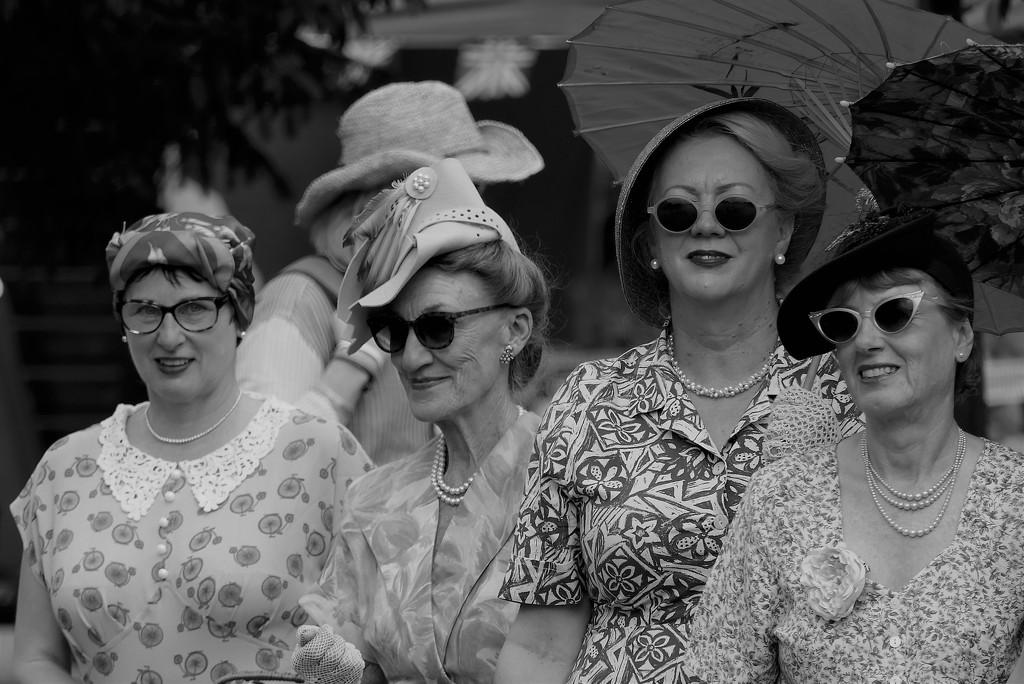 1940's Ladies by carole_sandford