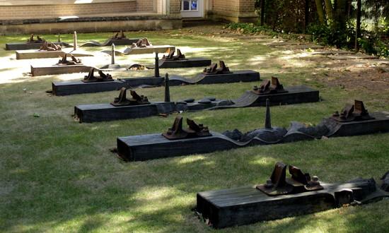 Sculpture garden by busylady
