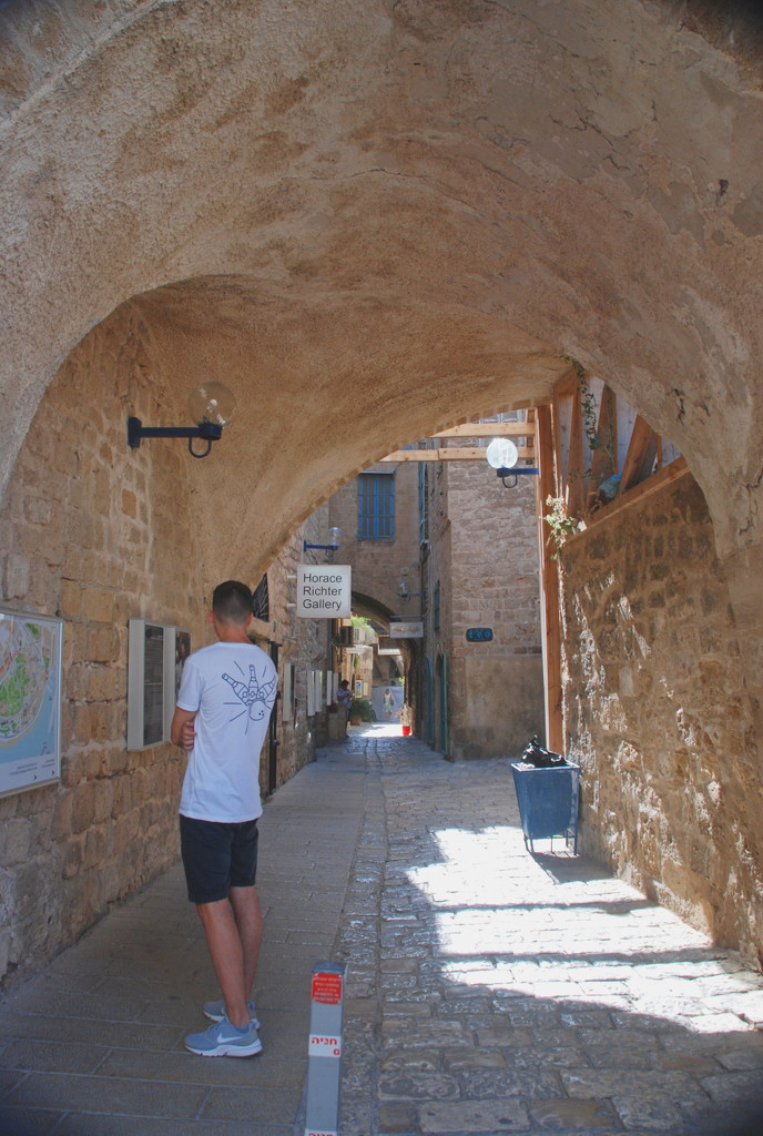 Streets of Jaffa by mgbio
