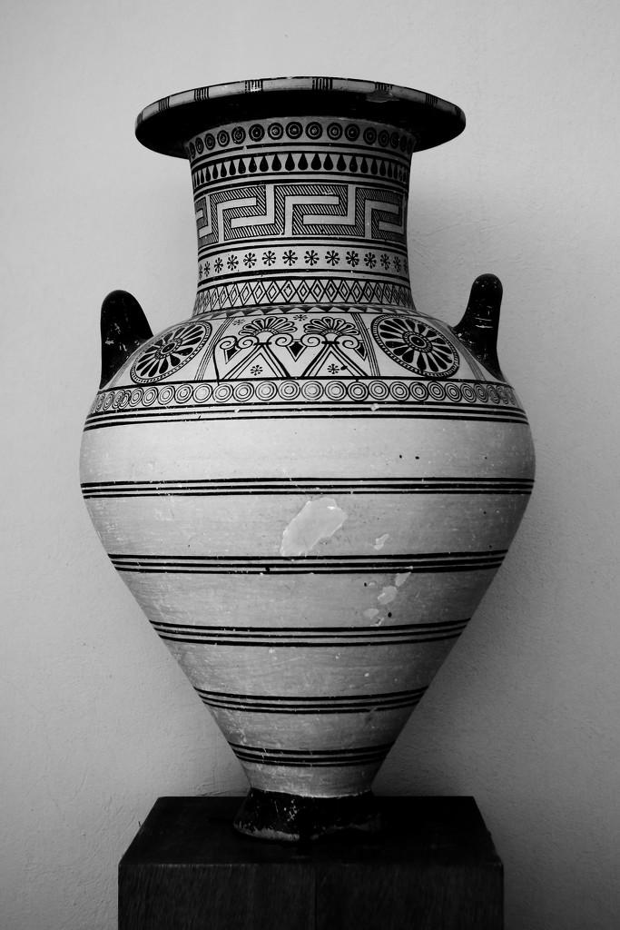 vase by blueberry1222