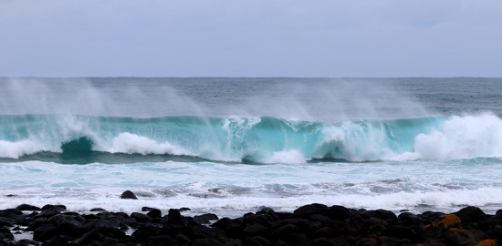 The ocean never disappoints by gilbertwood