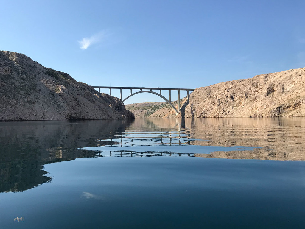 Kayaking by cherrymartina