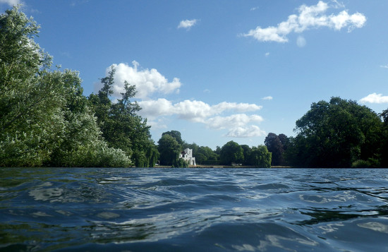 Thames by bulldog