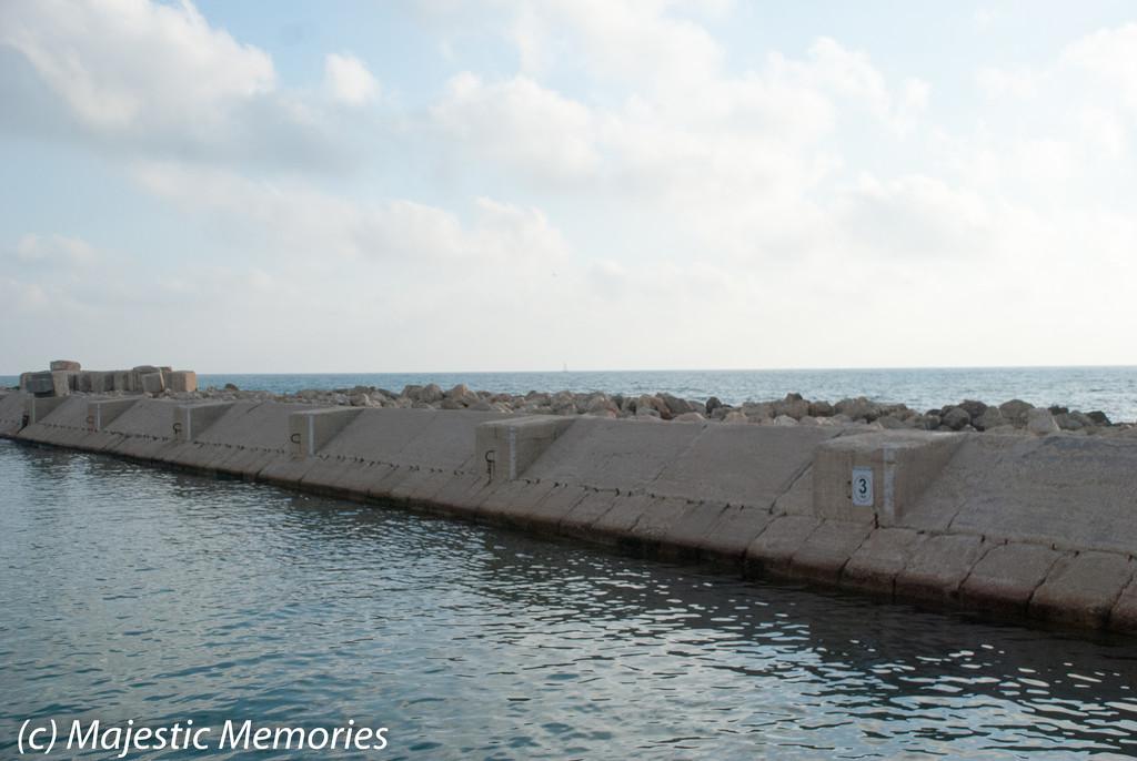 Jaffa Port Wall by mgbio