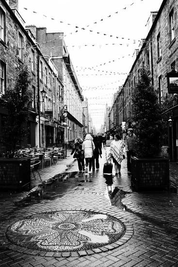 Rose Street in the rain by jamibann