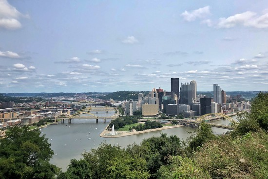 Pittsburgh Cityscape by lsquared