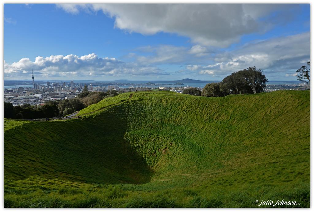 Aucklands Volcano's by julzmaioro