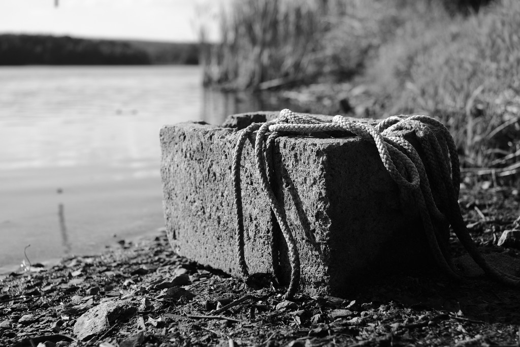 NF-SOOC-2018 - Day 3: Mooring Block by vignouse