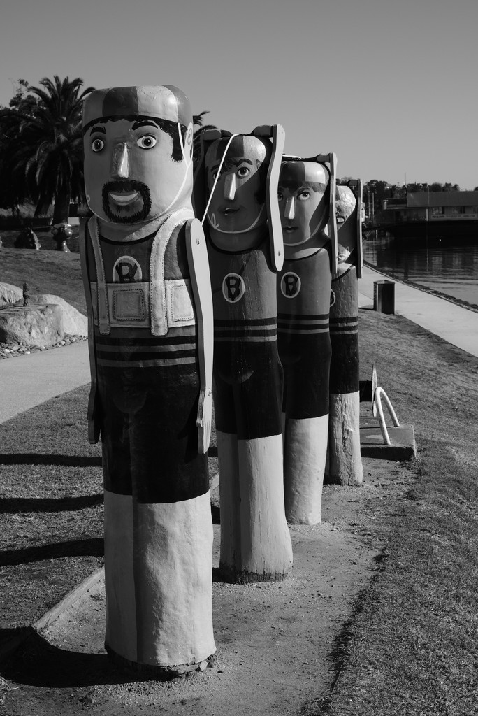 SOOC10 Surf lifesavers bollards by golftragic