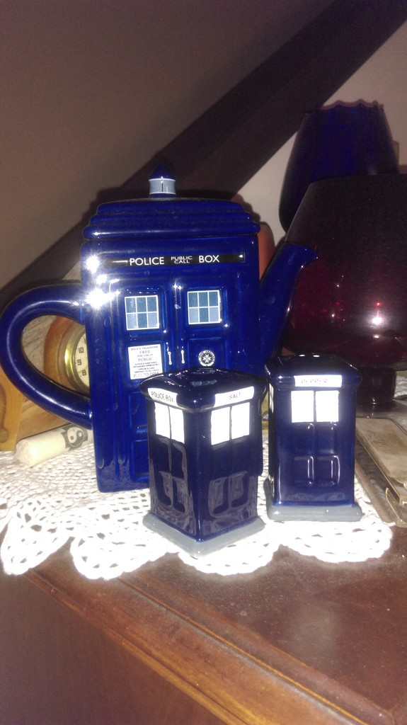 My Teapot Had Twins by mozette