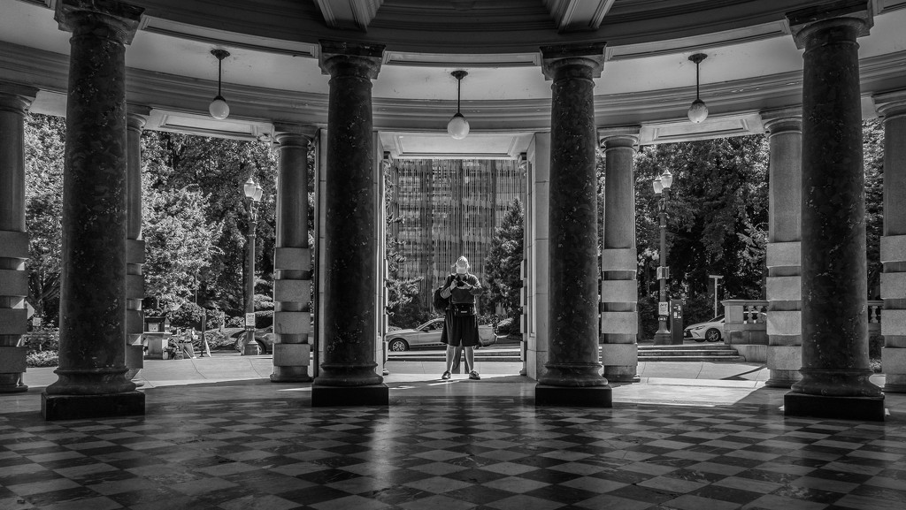 Who's Photographing the Columns? by jyokota