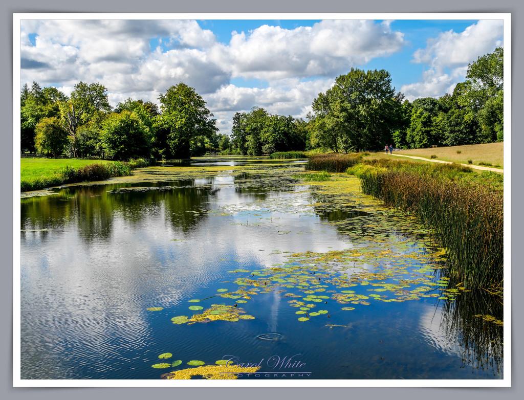 The Octagon Lake,Stowe Gardens by carolmw