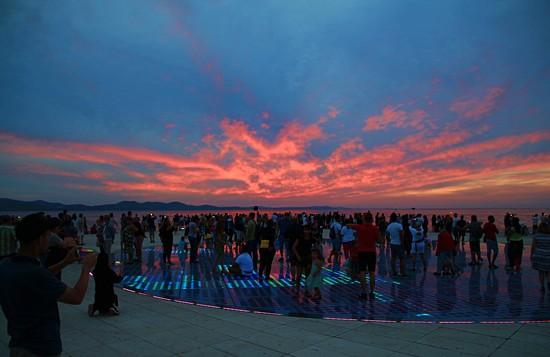 Sunset salute by kiwinanna