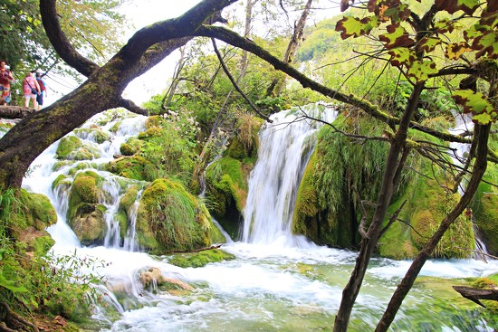Plitvice Lakes and waterfalls by kiwinanna