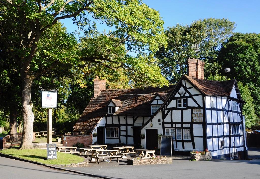 The Old Bull Inn, Inkberrow. by rosie00