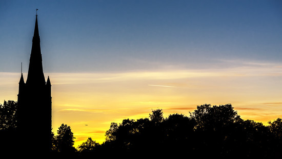 Simple Sunset Silhouettes  by rjb71