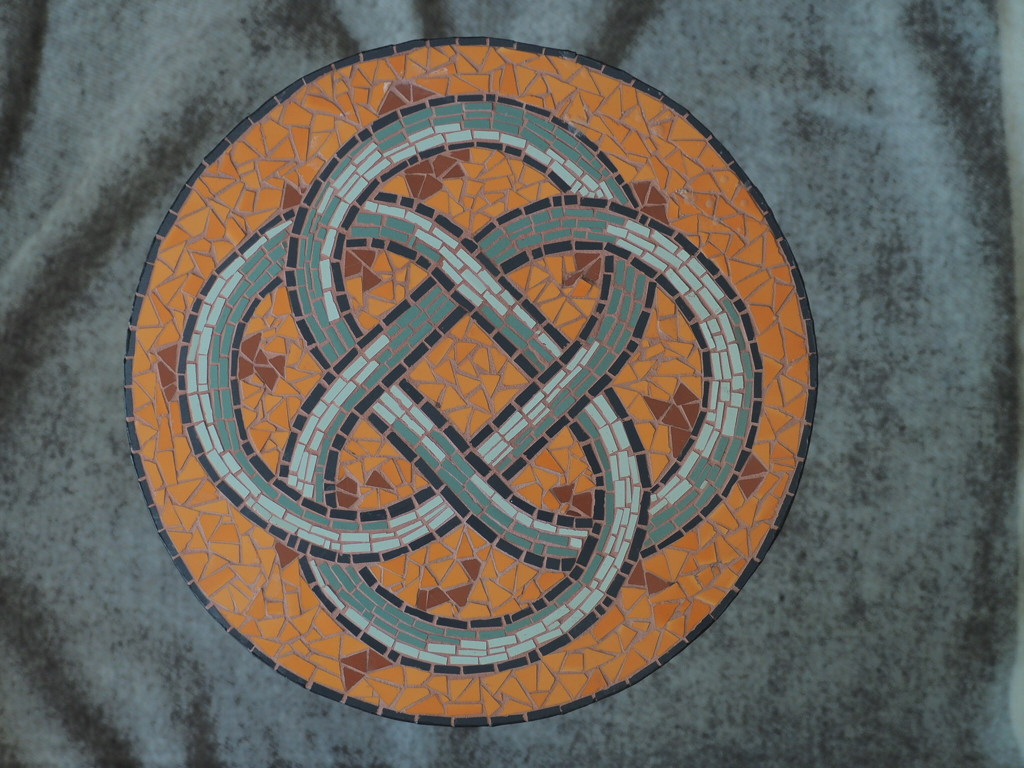 Celtic knot by jacqbb