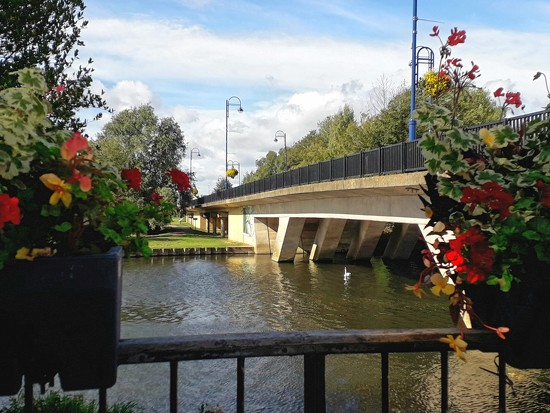 The town bridge by mave