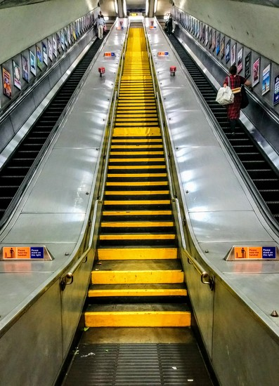 Bounds Green station staircase by boxplayer