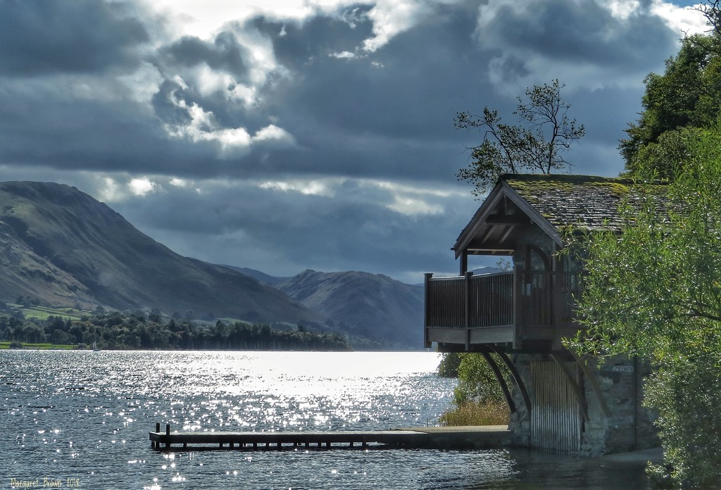 Boathouse  by craftymeg